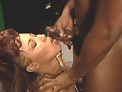 Spoiled ebony catches cum and eats