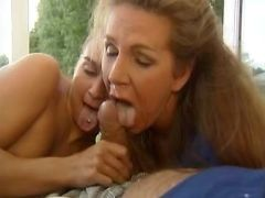 Mature n girl get facial